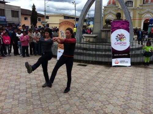 Coreografía e interpretación: Cristina Baquerizo y Sofía Barriga  Festival de Danza de Tulcán 2013
